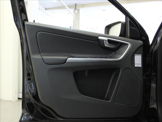 Volvo XC60 2,0 D4 6MT FWD Kinetic