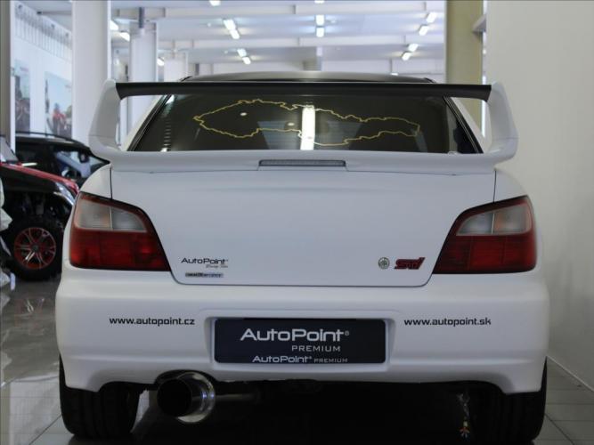 Subaru Impreza 2,0 STI 6MT 4x4 OZ Racing