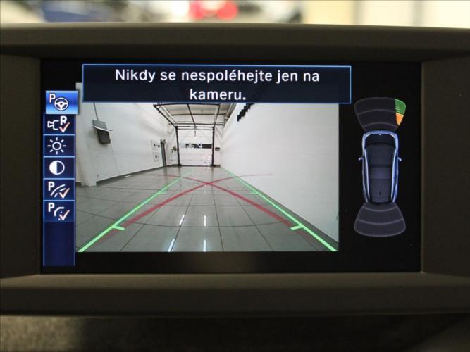 BMW  0,0 60Ah BEV NAVI ČR.