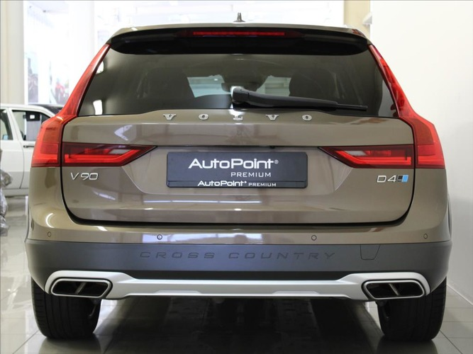 Volvo V90 2,0 D4 AWD CrossCountry Polestar