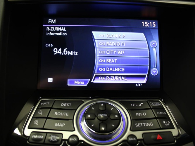 Infiniti QX70 3,0 30d AT AWD S Design