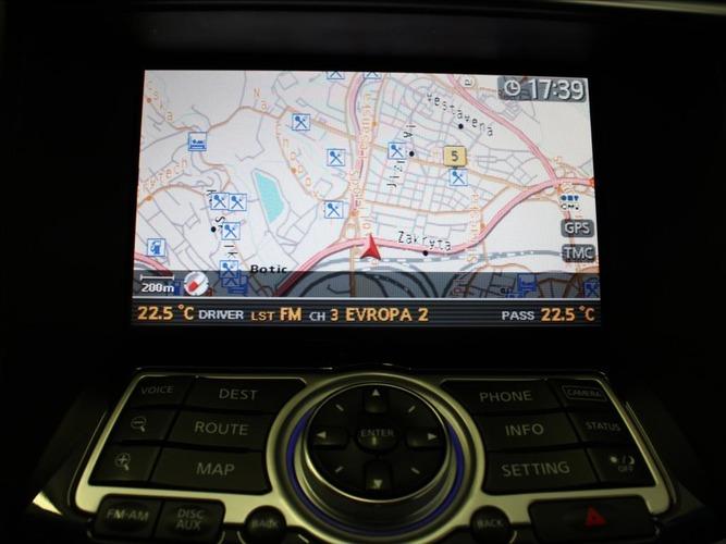 Infiniti FX50 5,0 V8 S Premium AWD BOSE ČR.