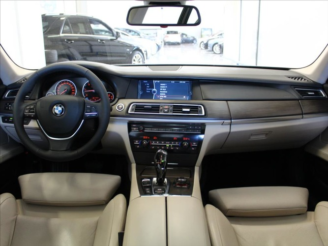 BMW Řada 7 3,0 740d AT xDrive HUD Adaptiv