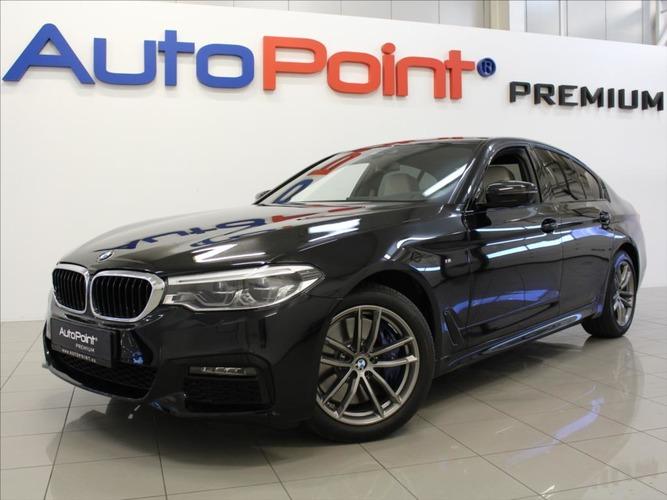 BMW Řada 5 3,0 540i xDrive M-Paket LED