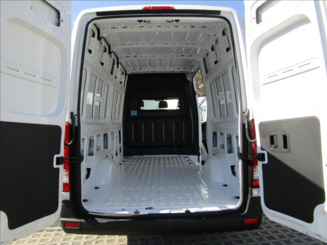 Hyundai H 350 2,5 CRDi  Entry Plus 6,2m
