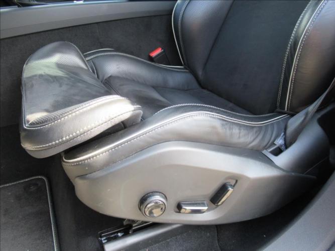 Volvo XC60 2,0 D4 AWD,AUT,R-Design
