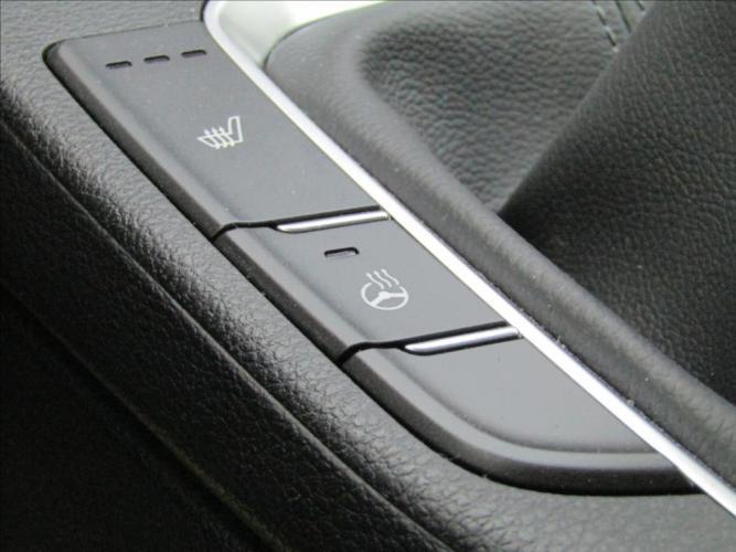 Hyundai i30 1,6 CRDi  Symbol +,Navi  1.ČR